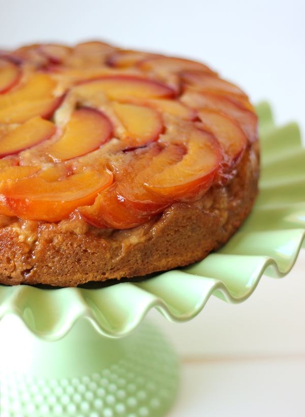 Nectarine Upside-Down Cake - A vibrant cake with fresh nectarines drenched in sweet, buttery goodness!