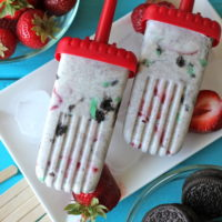 Strawberry Mint Cookies and Cream Popsicles