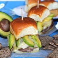 Stuffed Green Chili con Queso Cheeseburger Sliders