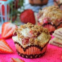 Strawberry Cheesecake Graham Cracker Muffins