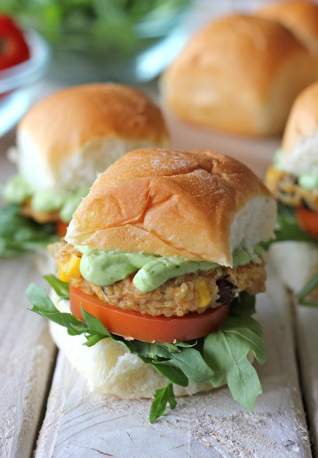Southwest Quinoa Sliders with Avocado Cream Sauce - Healthy, hearty and such a crowd-pleaser!