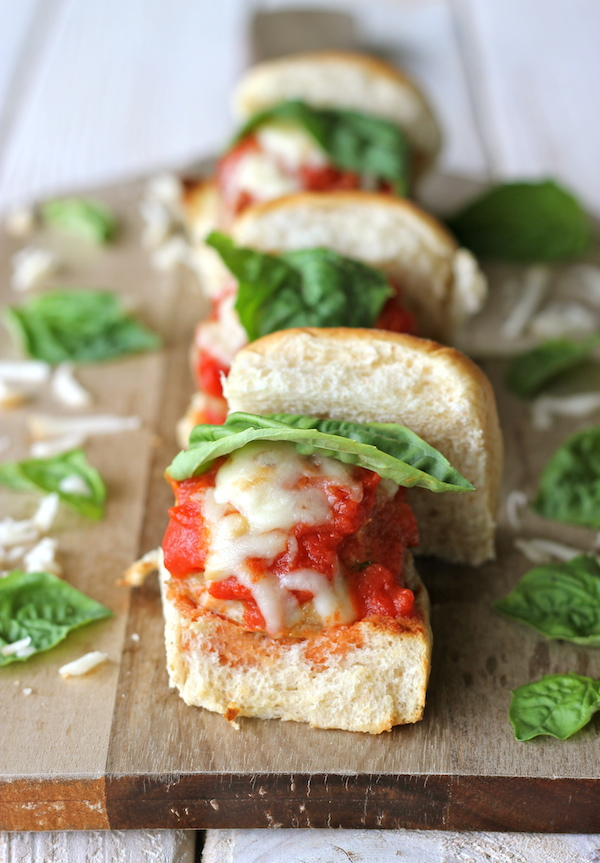 Turkey Meatball Sliders - These lightened-up sliders are perfect as a light lunch, appetizer, or crowd-pleasing party food!