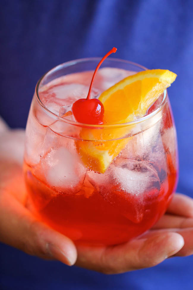 Shirley Temple - The easiest and cheapest shirley temple you will ever make in 2 minutes with just 2 ingredients! How easy is that?