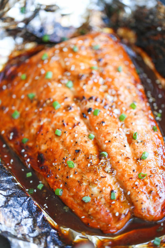 15 quick and easy 30 minute dinners damn delicious asian salmon in foil the best and easiest way to make salmon in foil forumfinder Choice Image