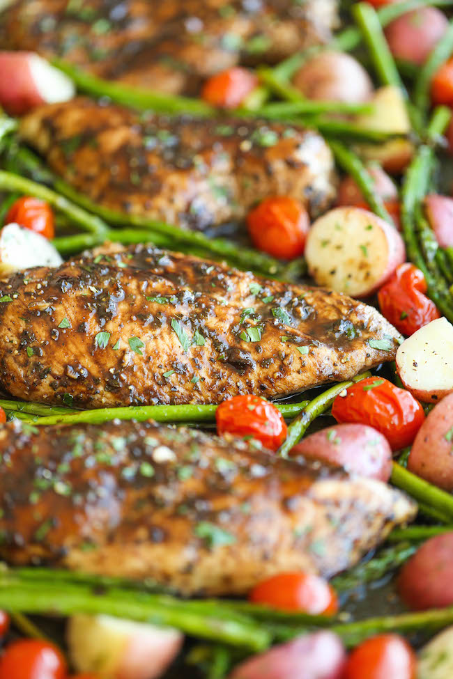 Honey Balsamic Chicken Breasts And Veggies Damn Delicious