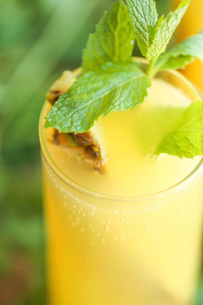 Pineapple Mint Spritzer - Simple, refreshing and wonderfully bubbly, made in 5 min with just 3 ingredients. It doesn't get any easier than this!