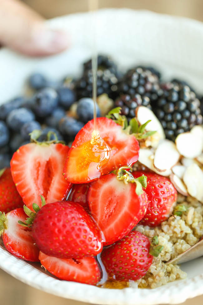 Berry Quinoa Power Bowls - Start your mornings off right with these superfood power bowls, loaded with fresh berries and a drizzle of honey. Quick and easy!