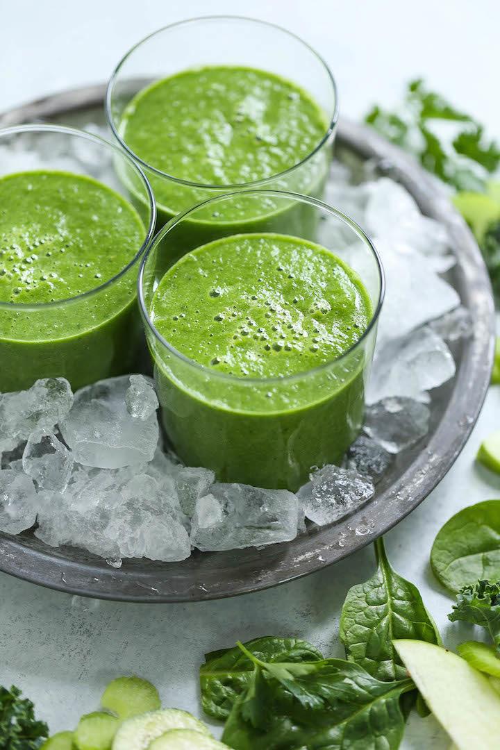 Green Detox Smoothie - Damn Delicious