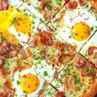 Bacon Breakfast Pizza