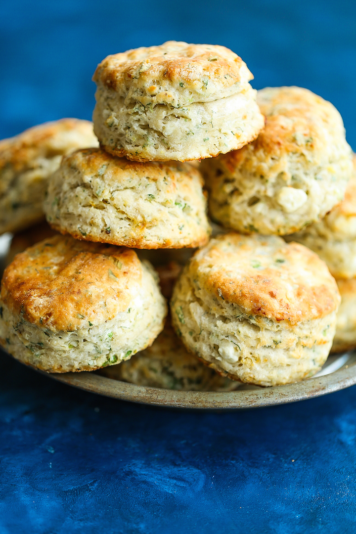 Feta Dill Biscuits - THE BEST SAVORY BISCUITS EVER! The outside is so amazingly flaky and buttery with perfect flavors of the fresh dill and crumbled feta!