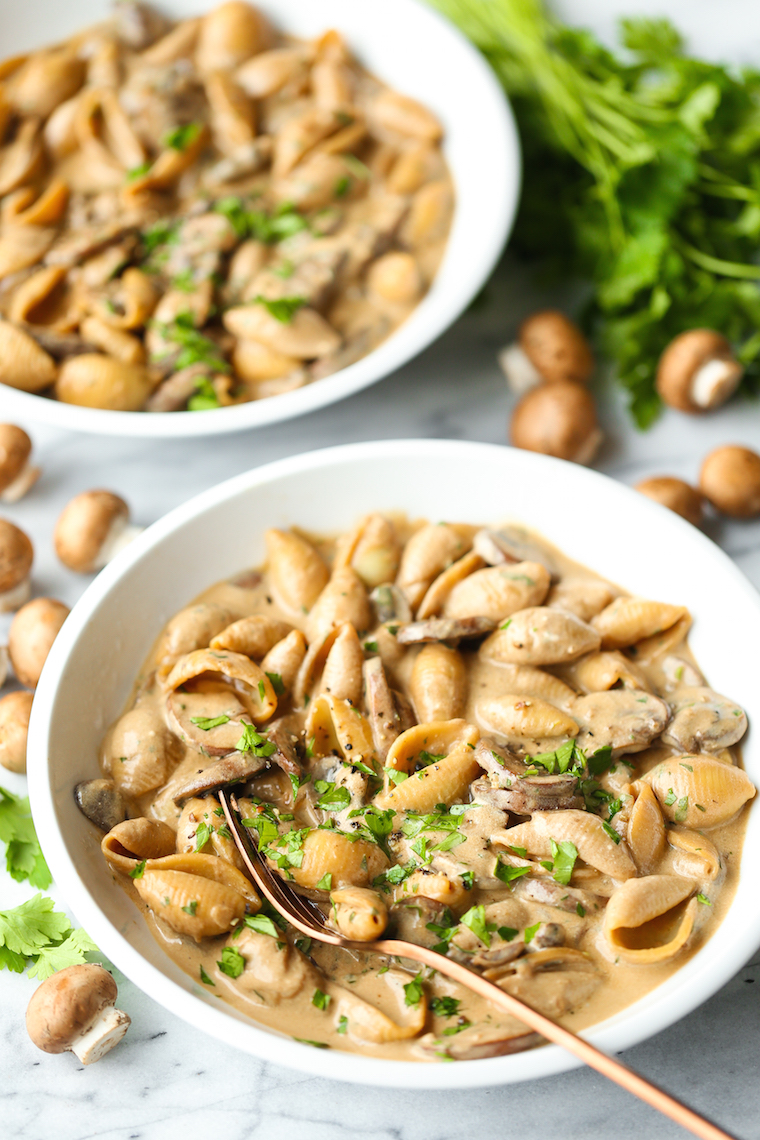 Creamy Mushroom Stroganoff - Butter, mushrooms, shallots, garlic and thyme make for the perfect creamy, rich mushroom stroganoff! Made in just 30 min. EASY!