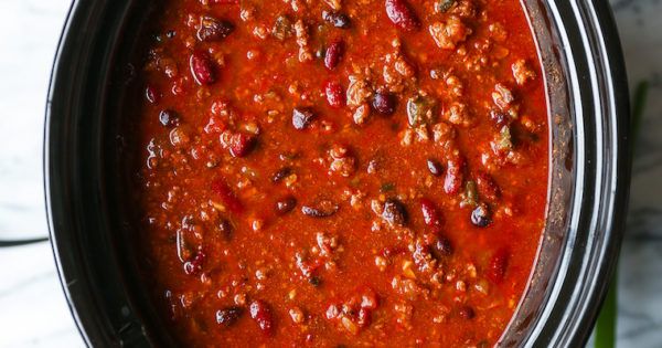Easy Slow Cooker Chili - Damn Delicious
