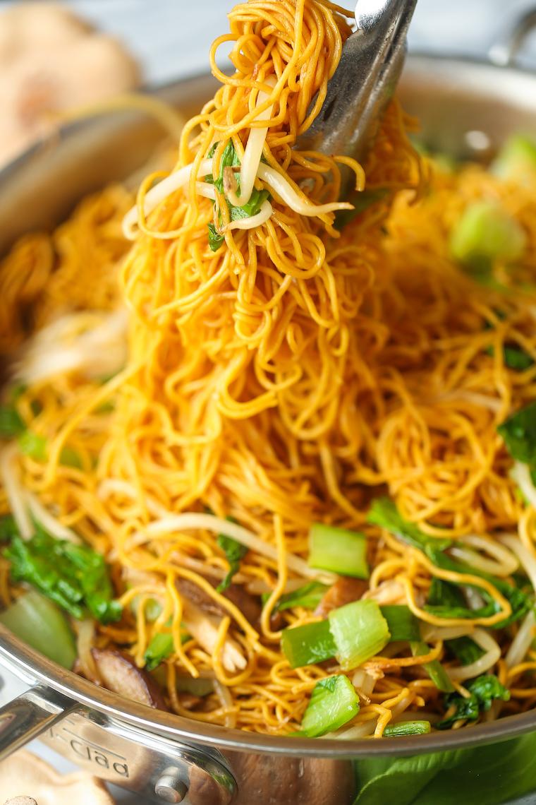 Easy Chow Mein Damn Delicious