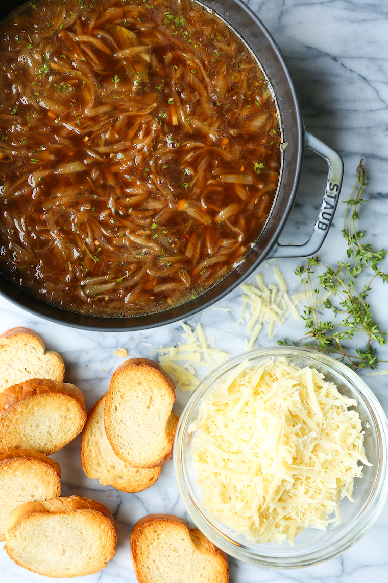 One Pot French Onion Soup - A no-fuss version! No transferring to ramekins, no nothing! Make everything into a ONE POT WONER and serve. So easy. SO GOOD!
